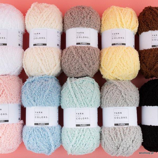 kolorowe wloczki Furry Yarn and Colors