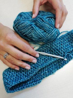 robótka na szydełku półsłupki nawijane z włóczki Charming Yarn and Colors woolloop