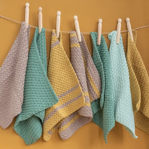 szydelkowe sciereczki z wloczki yarn and colors favorite woolloop