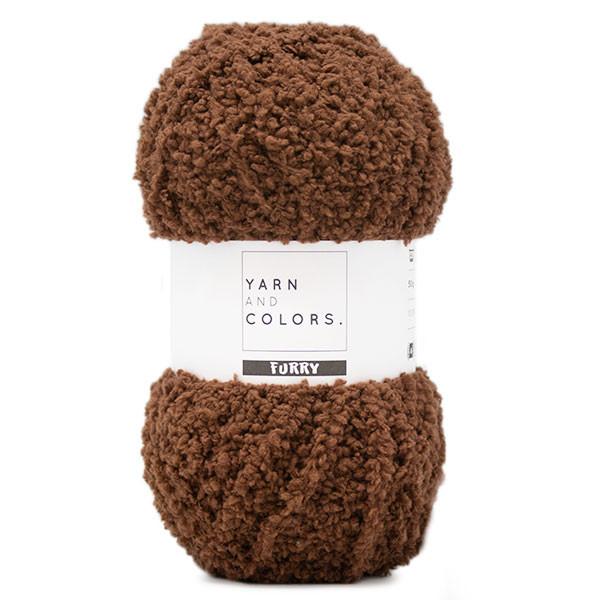 wloczka na misie Furry Yarn and Colors brunet woolloop
